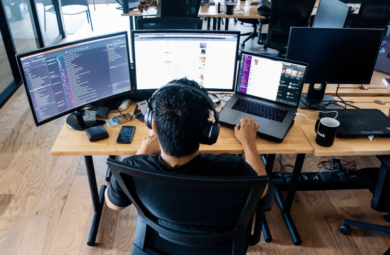 What are the benefits of outsourcing software developments?
